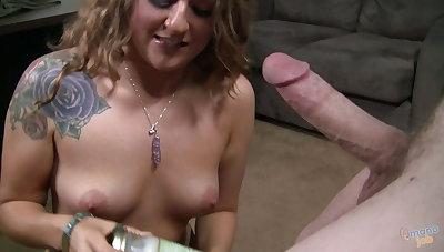 Hot hot blonde amateur Kennedy Dream splattered in sperm!