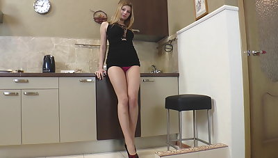 Young girl Nadin masturbate