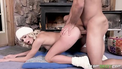 You fortitude appreciate well done babes who love pussy licking and ride herd on workouts