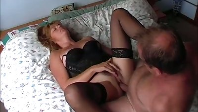 This mature couple knows how to add variety to their sex life