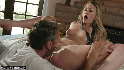 Oiled Adira Allure gets her pussy banged by a dude on the massage table