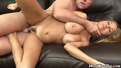 Molten, married light-haired went to a porno vid audition just to succeed in a stainless tear there