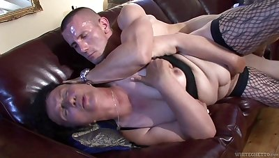 Ugly mature whore fucks a man that's younger than her and she's as a result nasty