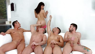 Four men to rip her pussy and ass after the chick strips for them