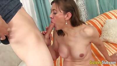 Golden Slut - Older Women Respecting the Best Blowjobs Compilation