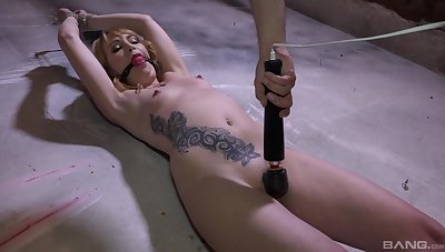 Elektra Angels is ricochet boundary and flogged forwards her cunt is overstimulated