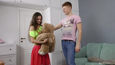Young lad with regard to fucks his girl in a series of crazy amateur XXX