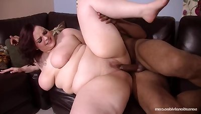 SUPERSIZED BIG Gorgeous WOMEN Cumming Hard - Melody monroe