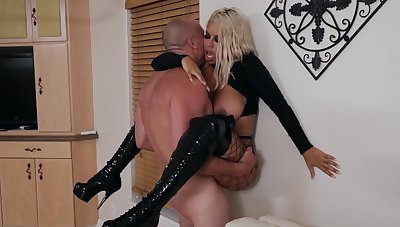Angry sex brings out of doors but for the fact that more bodacious MILF Bridgette B.